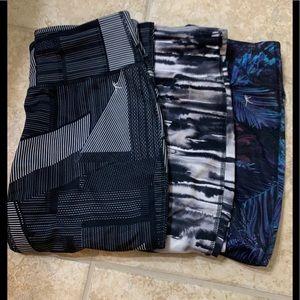 Danskin cropped Capri workout leggings pants S 4 6